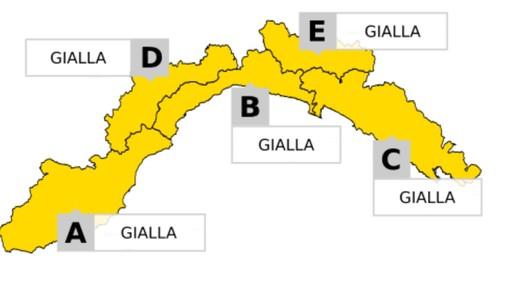 Allerta meteo: livello giallo sulla Liguria da domani mattina, confermate le partite domenicali