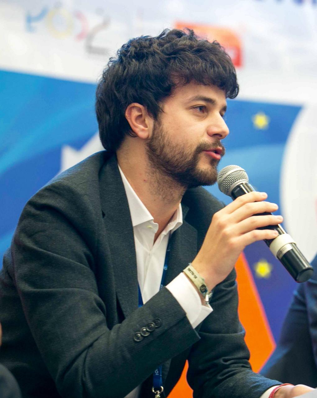 """Concessioni balneari, l'Europarlamentare Brando Benifei (Pd) all'assessore regionale Marco Scajola: """"Impari a leggere i documenti o la smetta con le fake news"""""""