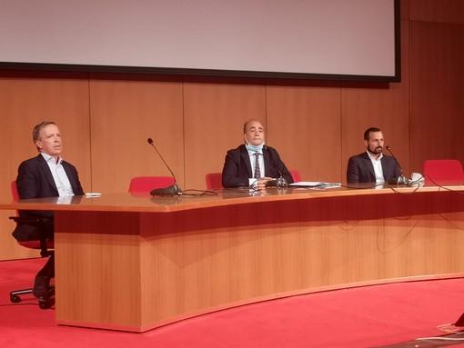 La conferenza stampa a Genova