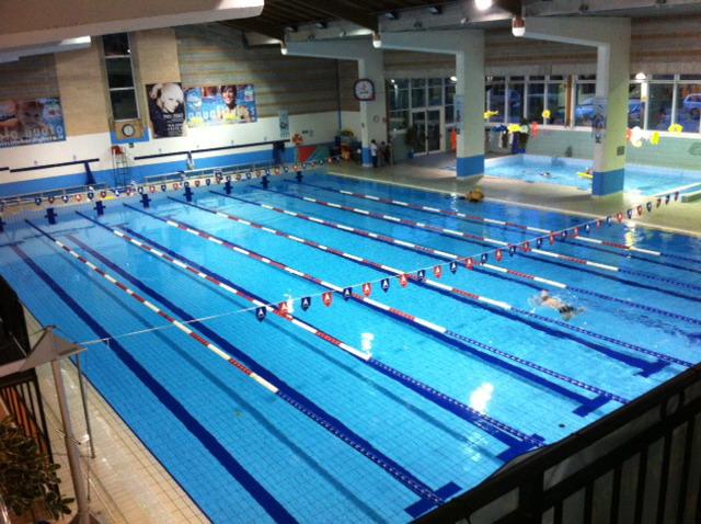 Bordighera mancanza di pulizia negli spogliatoi della for Piani di progettazione della piscina