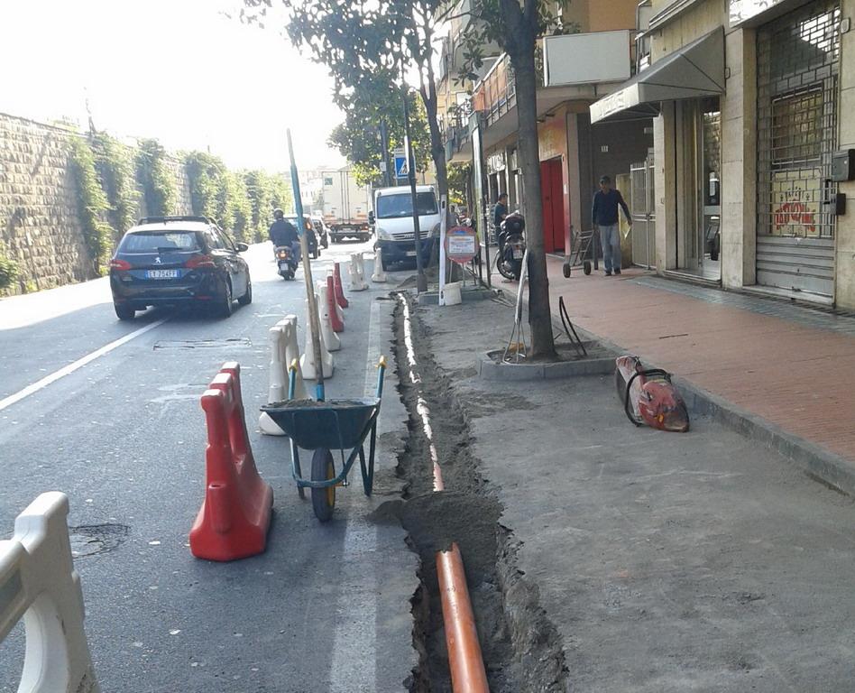 Lavori pubblici: ultimati gli interventi sugli asfalti in via Asse, via Maule, via San Giacomo ed i canali di scolo in corso Genova