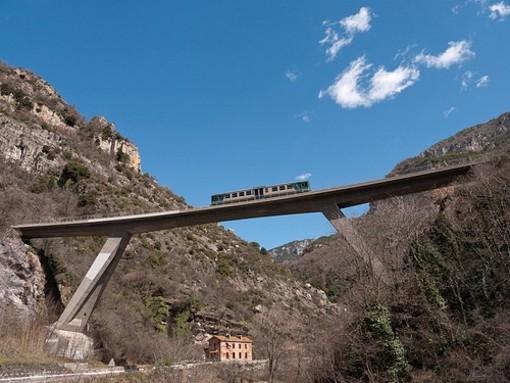 Trasporti: problemi sulla tratta ferroviaria Ventimiglia-Cuneo, dal Piemonte chiesti due treni in più
