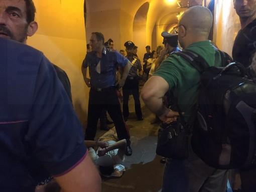 """Imperia: aggressione nella notte in calata Cuneo. Parla la vittima: """"Mi ha scaraventata a terra prendendomi a calci e pugni"""""""
