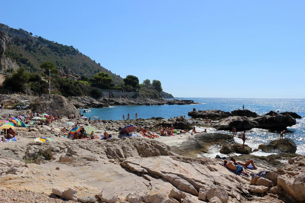 Ferragosto la classifica delle 10 spiagge libere pi for Arredo ingross 3 dove si trova