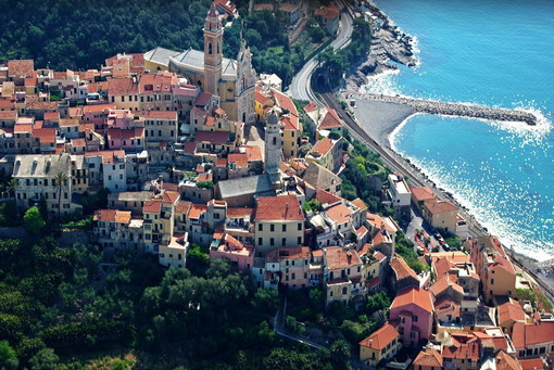 """Mare ed escursioni con un click, Berrino:""""Su experienceliguria.it oltre 420 esperienze per i turisti, dal blu all'entroterra"""""""