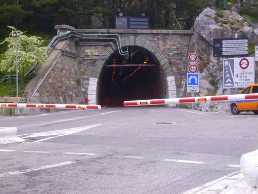 Colle di Tenda: lavori urgenti di manutenzione, disposta nuova chiusura notturna dal 4 all'8 febbraio