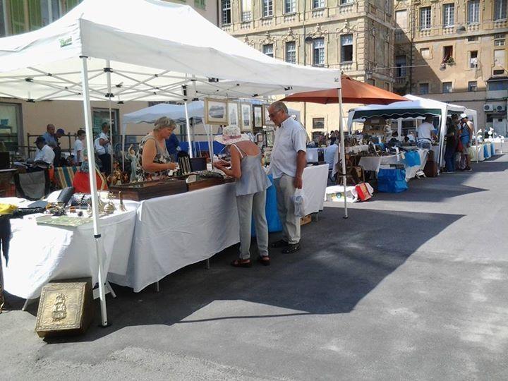 Sanremo nel weekend torna il mercato antiquario con un for Fiera antiquariato