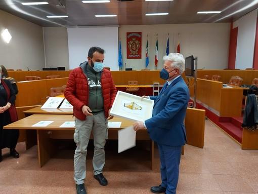 Ventimiglia: in sala consigliare la premiazione del concorso 'Natale giocoso in spiaggia'
