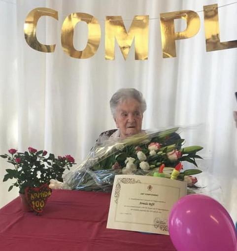 Taggia: giornata speciale oggi per la festa dei 100 anni di Armida Biffi, gli auguri del Sindaco (Foto)