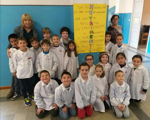 """La scuola primaria A. Volta di Sanremo si aggiudica il primo premio al Concorso regionale """"Nutri-Menti"""""""