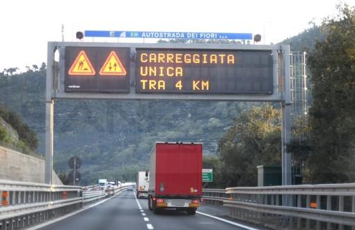 """Autostrade, Toti: """"Dalla parte dei sindaci. Entro giugno resteranno attivi solo quattro cantieri"""""""
