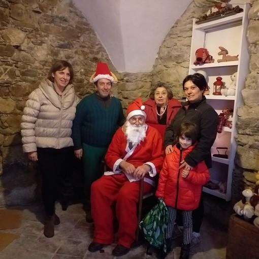 Aspettando il Natale a Molini di Triora: la grande festa per famiglie nel borgo della valle Argentina (foto)