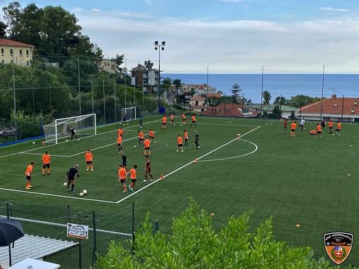 Calcio. Provini con Genoa e Sampdoria per undici calciatori del settore giovanile dell'Ospedaletti