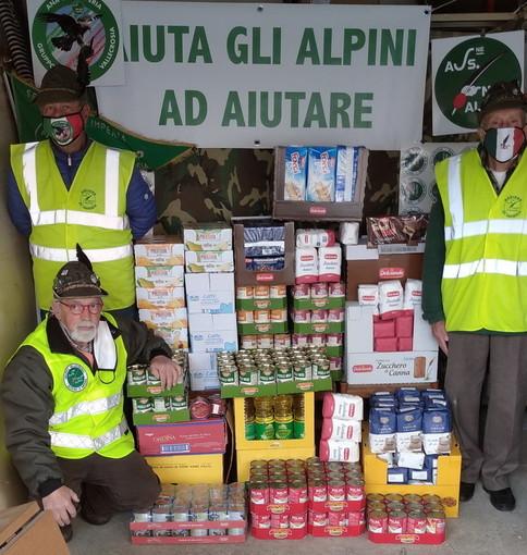 Vallecrosia: grande successo per l'iniziativa organizzata per Pasqua 'Aiuta gli Alpini ad aiutare' (Foto)