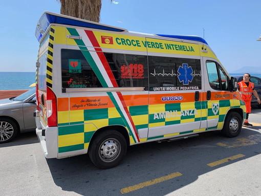 Ventimiglia: incidente stradale in frazione Trucco, 30enne portato in ospedale dalla Croce Verde