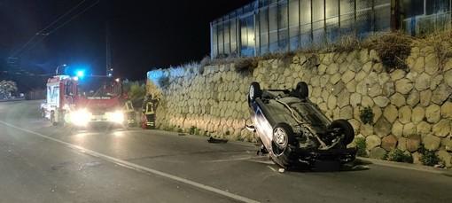 Sanremo: si capotta sull'Aurelia all'altezza di Capo Verde, giovane rimane praticamente illeso (Foto)
