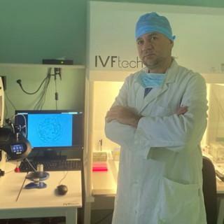 """Il Coronavirus con gli occhi del biologo: """"Di solito siamo poco considerati, ma il nostro ruolo in laboratorio è fondamentale"""""""