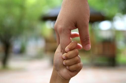 Focus sull'affidamento dei minori a Sanremo: in città 38 casi di allontanamento dalla famiglia di origine per casi di violenza, maltrattamenti o gravi devianze