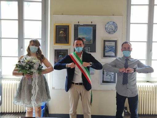 Con il matrimonio di Alessia e Alessio, a Riva Ligure l'amore vince sul covid-19