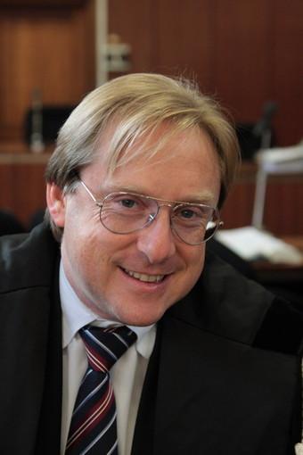 Sanremo: commento di Umberto Bellini al tricolore francese ad Imperia, la risposta di Andrea Artioli