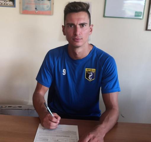 Calcio: nuovo attaccante per l'Imperia, ha firmato per i nerazzurri il 28enne Aleksander Grazhdani