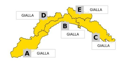 Domani allerta meteo gialla per temporali su tutta la Liguria: previsto calo delle temperature