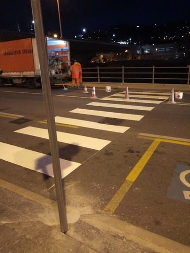 """Imperia: realizzato l'attraversamento pedonale nei pressi della nuova stazione, l'assessore Gagliano """"Recepite le istanze dei pendolari, ora più sicurezza"""""""