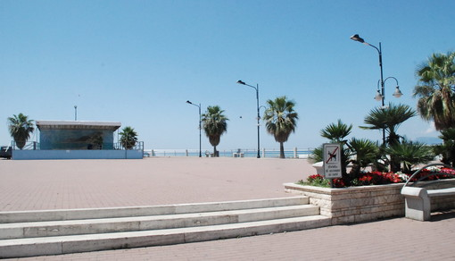 """Ventimiglia: rimosso il divieto di giocare a pallone sul Resentello, Ioculano """"Ci sembrava assurdo, è uno dei pochi spazi liberi che hanno i ragazzi per stare all'aperto"""""""
