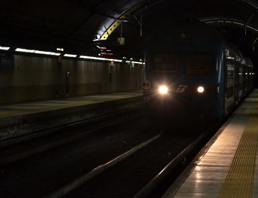 La stazione di Sanremo al buio