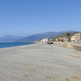 Bordighera: guasto e allagamento del depuratore, ordinanza di divieto di balneazione in due punti della costa