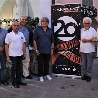 20 anni di Sanremonews: Bruno Gambarotta protagonista della serata a Isolabona (foto)