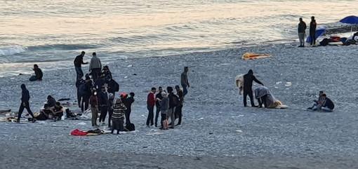 Ventimiglia: maxi pattuglione di Carabinieri e Polizia sul territorio, cinque irregolari espulsi dall'Italia