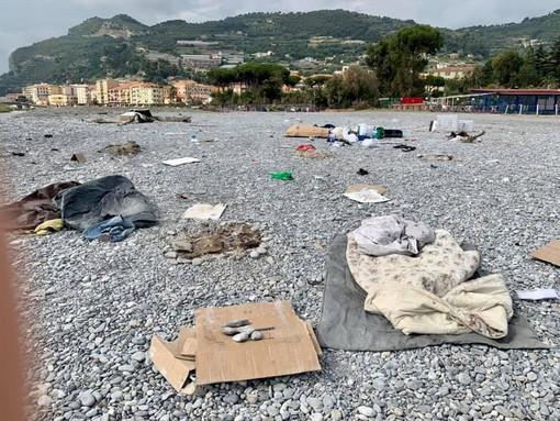 Ventimiglia: ordinanze contro alcolici e bivacchi, le forti critiche di PD e Alternativa Intemelia