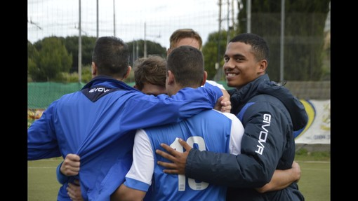 """Calcio, Promozione. Ceriale, il miracolo salvezza è compiuto. Biolzi elogia il gruppo: """"Tutto merito di questi ragazzi"""" (VIDEO)"""