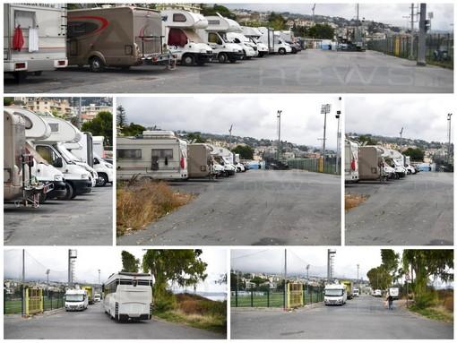 Sanremo: ancora il problema camper, letteralmente invase le strade attorno ai campi sportivi di Pian di Poma (Foto)