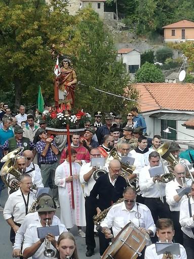 """Conio: oggi c'è la Festa di San Maurizio, il paese in festa per la tradizionale """"Sagra dei Fagioli"""" con stand enogastronomici e serate danzanti. Posti al coperto in caso di maltempo"""