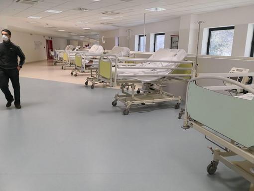 Genova: tutti i ricoverati nei reparti dell'ospedale San Martino per Covid-19, in totale sono ad oggi 270