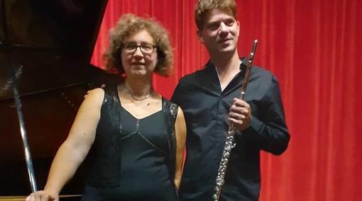 Apricale: sabato prossimo, concerto del duo 'Madriol' in Piazza Torracca