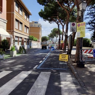 Sanremo: un'altra caduta oggi sulla ciclabile per le radici dei pini, i bikers chiedono un intervento definitivo
