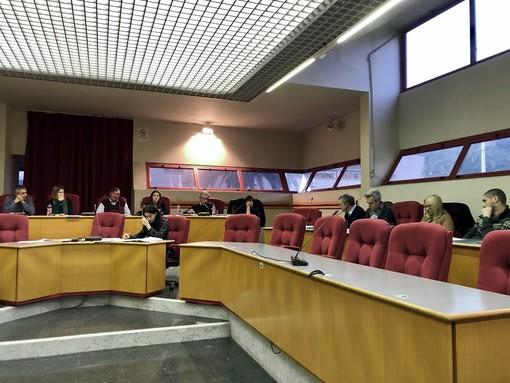 Taggia: mozione del gruppo consiliare 'Il Passo giusto' sul corretto smaltimento dei dispositivi di protezione individuale