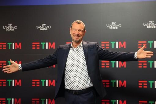 """Festival di Sanremo: intervista di Amadeus a Rtl 102.5 """"Voglio il pubblico all'Ariston e lavoriamo alla nave"""""""