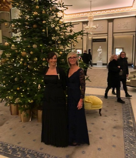 L'assessore Silvana Ormea e il consigliere comunale Alessandra Pavone alla cerimonia dei Premi Nobel