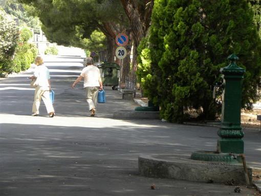 Sanremo: chiede una permuta all'interno del cimitero ma deve attendere il bilancio del Comune per il rimborso