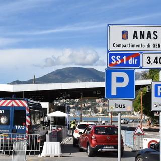 Ventimiglia: chiusura del confine con la Francia, il Consigliere Sismondini chiede aiuto a Scullino e Toti
