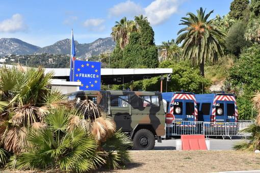 Coronavirus: da Ventimiglia a Sanremo una zona 'quasi rossa', da mercoledì scuole chiuse per 10 giorni
