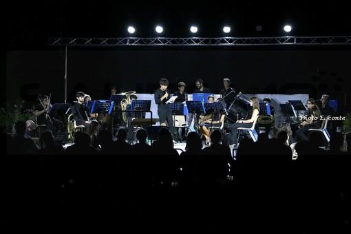 Bordighera: grande successo ieri sera ai giardini Lowe per il concerto della Banda di Borghetto (Foto)