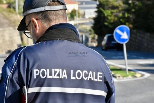 Sanremo: 50 nuove bombolette di spray anti aggressione per gli agenti della Polizia Municipale