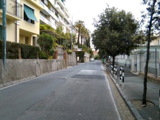 Sanremo: inagibili due scorciatoie per reggiungere corso Inglesi, la segnalazione di un residente