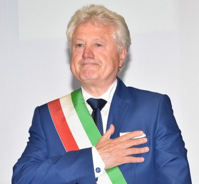 """Ventimiglia: """"Dove eravamo rimasti"""", apre in questo modo la sua nuova legislatura il neo Sindaco Gaetano Scullino (Foto) - Sanremonews.it"""