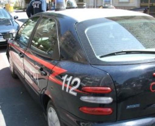 Sanremo: appoggia la sigaretta sul materasso e provoca un principio d'incendio, interventi di Vvf e CC